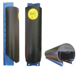 Пластиковая защита стоек